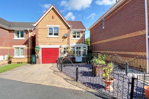 3 bedroom detached house for sale - Lapwing Road, Kidsgrove