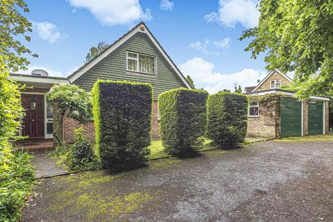 4 bedroom detached house to rent - Heathfield Road, High Wycombe, HP12