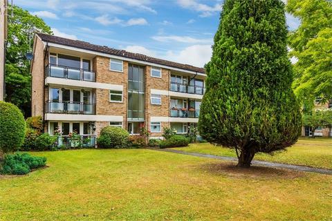1 bedroom flat for sale - St Marys, Victoria Road, WEYBRIDGE, Surrey