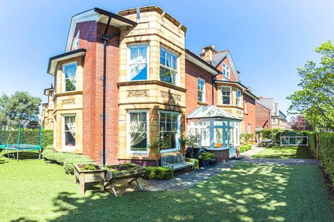 6 bedroom semi-detached house for sale - West Avenue, Gosforth, Newcastle upon Tyne, Tyne & Wear