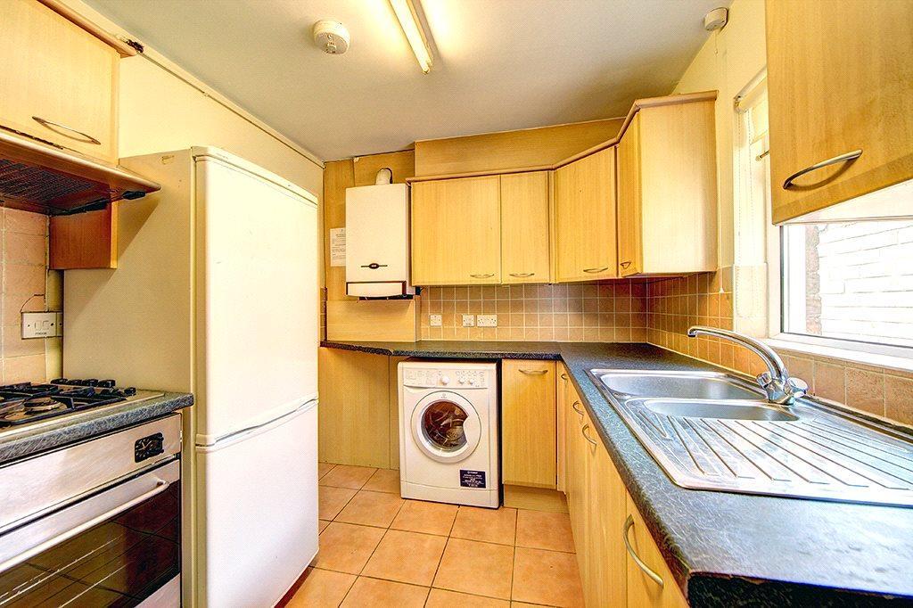 6 Bedrooms Maisonette Flat for rent in Jesmond Road, Jesmond, NE2