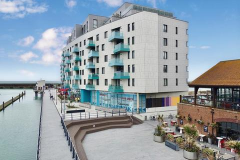 2 bedroom apartment for sale - The Boardwalk, Brighton, East Sussex, BN2 5ZE