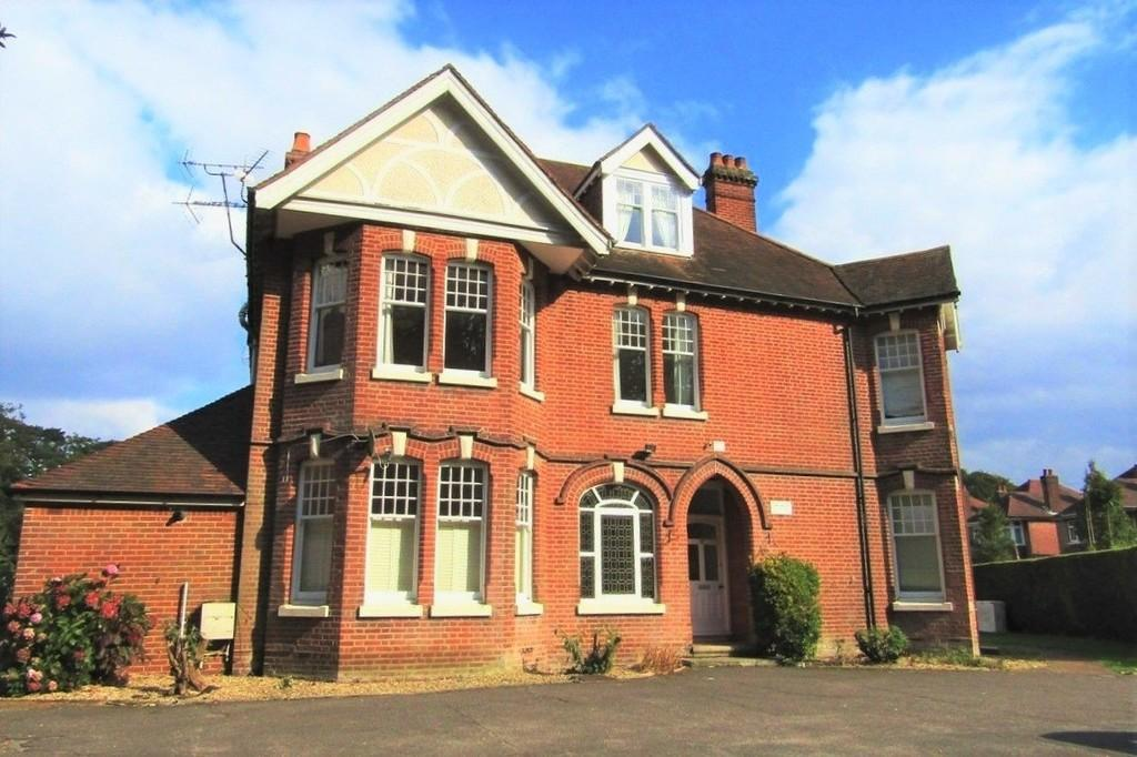 bitterne, southampton 1 bed apartment for sale - 140,000
