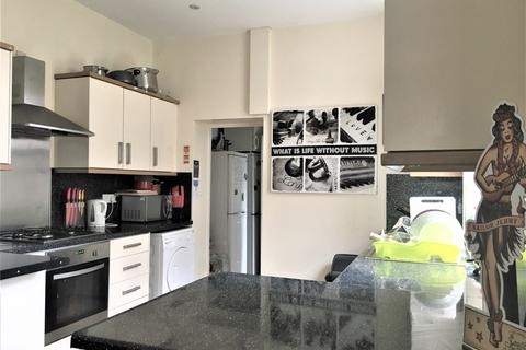 7 bedroom terraced house to rent - Lisson Grove, Plymouth