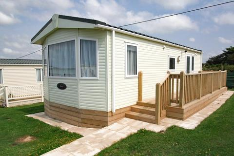 2 bedroom property for sale - Marine Parade, Seaford