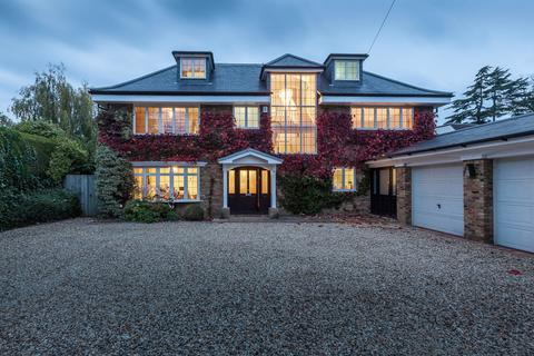 6 bedroom detached house to rent - Orchehill Avenue, Gerrards Cross, Buckinghamshire, SL9