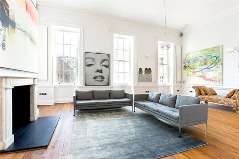 2 bedroom character property to rent - Hertford Street, Mayfair, London, W1J