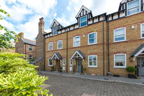 4 bedroom townhouse for sale - Tidewell Mews, Westgate-On-Sea
