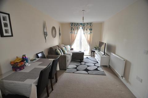 2 bedroom flat to rent - Sandhill Close, Bradford