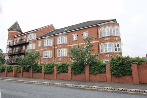 3 bedroom apartment to rent - Russell Place, Sale