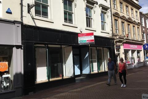 Shop to rent - 82 High Street, King's Lynn