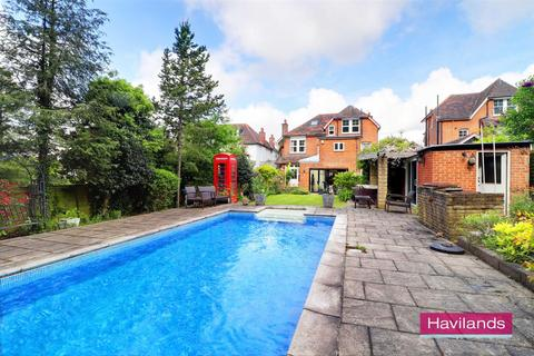 6 bedroom detached house for sale - Old Park Ridings, Winchmore Hill