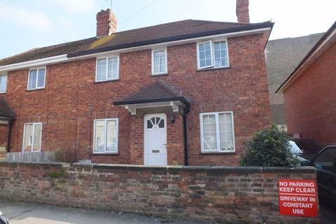 4 bedroom semi-detached house to rent - St Pauls Street South, Near University, Cheltenham