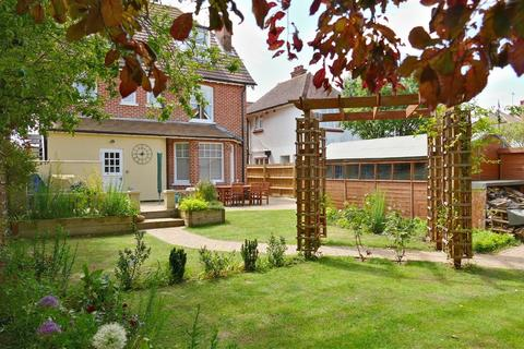 5 bedroom detached house for sale - Cobbold Road, Felixstowe, IP11 7QR