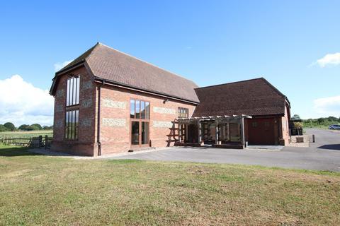 4 bedroom barn conversion to rent - Woodlands, Verwood