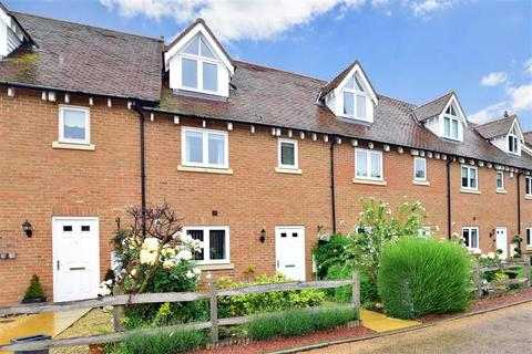 4 bedroom townhouse for sale - Branta Fields, Hoo, Rochester, Kent