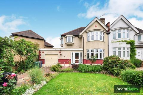 4 bedroom semi-detached house for sale - Torrington Park, North Finchley, N12