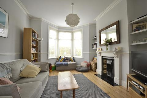 3 bedroom terraced house to rent - Strathmore Road, Horfield, BS7