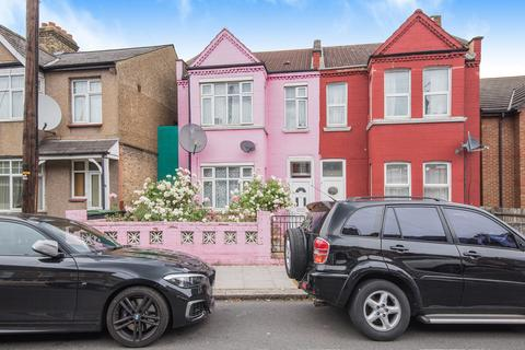 4 bedroom terraced house for sale - The Avenue, London
