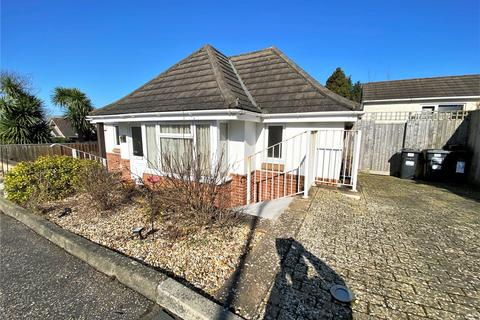 2 bedroom bungalow for sale - Ferncroft Gardens, Northbourne, Bournemouth, Dorset, BH10