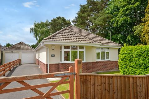3 bedroom bungalow for sale - Firs Glen Road, West Moors, Ferndown, Dorset, BH22