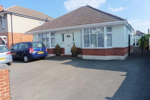3 bedroom bungalow for sale - King Edward Avenue, Bournemouth, Dorset, BH9