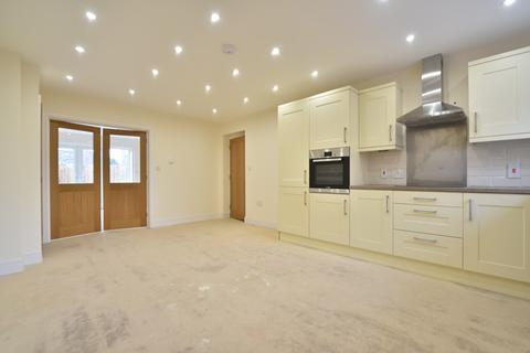3 bedroom semi-detached house for sale - Osprey Close, Mildenhall, Bury St. Edmunds, Suffolk, IP28