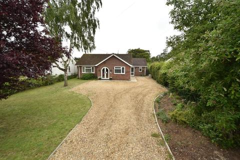 4 bedroom bungalow for sale - Folly Road, Mildenhall, Bury St. Edmunds, Suffolk, IP28
