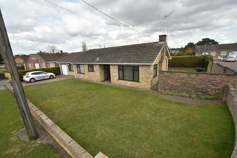 3 bedroom bungalow for sale - Field Road, Mildenhall, Bury St. Edmunds, Suffolk, IP28