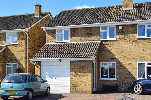 3 bedroom semi-detached house for sale - Volante Drive, Sittingbourne, Kent