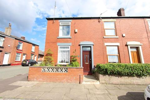 2 bedroom terraced house to rent - St Martin Street, Castleton, Rochdale