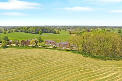 4 bedroom property with land for sale - Pexhill Road, Siddington, Macclesfield, Cheshire, SK11