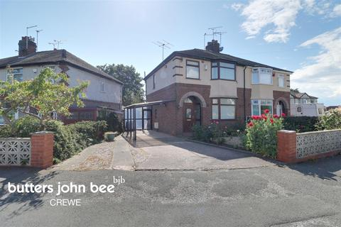 3 bedroom semi-detached house for sale - Clyde Grove, Crewe