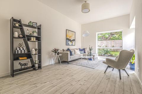 3 bedroom detached house for sale - Osberton Road, Lee