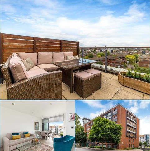 2 bedroom flat for sale - Charles Court, Larden Road, London, W3