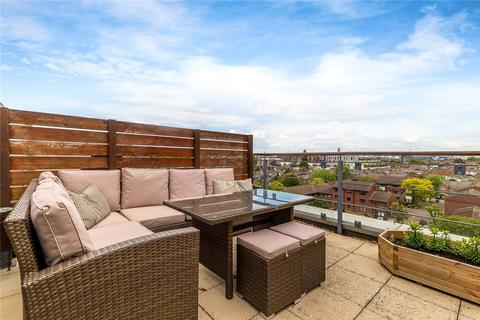 2 bedroom flat for sale - Charles Court, Larden Road, Chiswick, W3