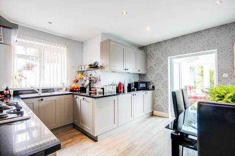 2 bedroom semi-detached house for sale - Chipstead, Surrey