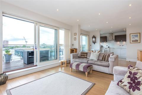 3 bedroom penthouse to rent - Shepherdess Walk, Islington, London, N1
