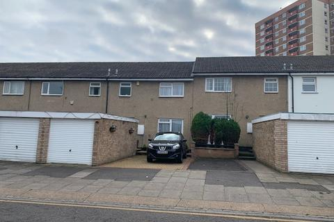 5 bedroom terraced house to rent - Luton LU1