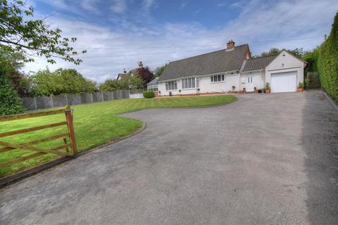 4 bedroom detached bungalow for sale - Easton Road, Bridlington, YO16 4DB