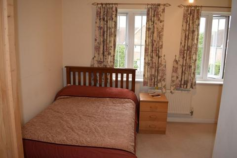 1 bedroom house share to rent - Double Room 1st floor to Rent in Shared House Worcester Park .