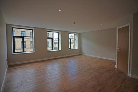 Studio to rent - Hennymoor House, 7-11 Manor Row, Bradford, BD1 4PB