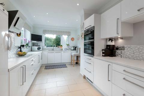 6 bedroom detached house for sale - Burnside Grove, Hartburn
