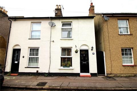 3 bedroom semi-detached house for sale - Greenfield Street, WALTHAM ABBEY, Essex
