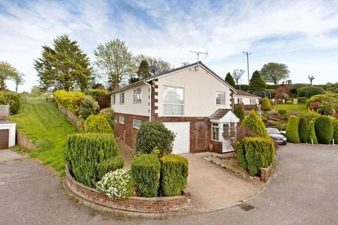 5 bedroom detached house to rent - Canal Hill Area
