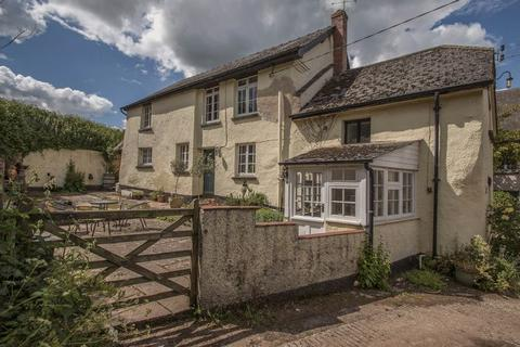 4 bedroom detached house for sale - Uton, Crediton