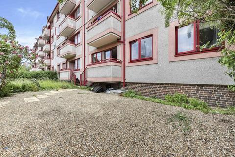 3 bedroom flat for sale - Wallwood Street, London E14
