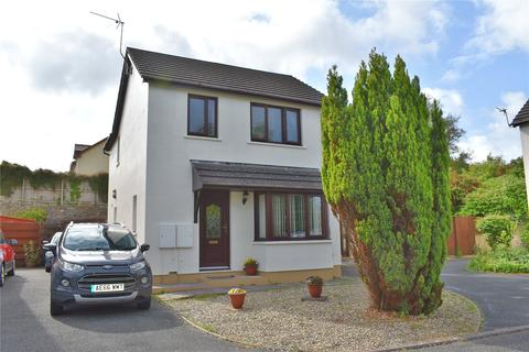 3 bedroom detached house for sale - Two Penny Hay Close, Pembroke, Pembrokeshire