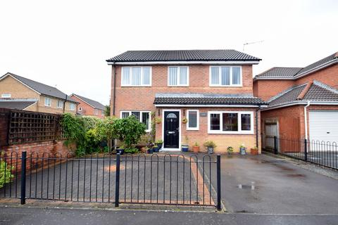 4 bedroom detached house for sale - 35 Colliers Avenue, Llanharan, Pontyclun, Rhondda Cynon Taff, CF72 9UT