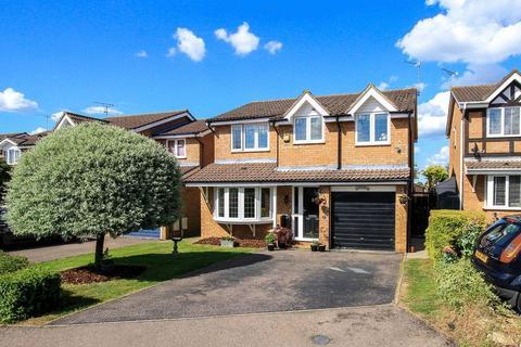 4 bedroom detached house for sale - Aston Clinton